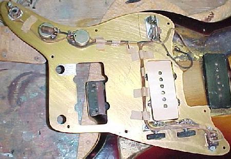 Vintage Guitars Info - Inside a 1958 Fender Jazzmaster